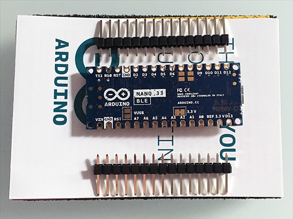 arduino-nano-unboxing-nano-33-BLE-back-top