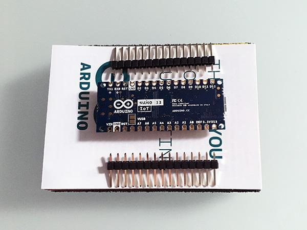 arduino-nano-unboxing-nano-33-IoT-back-top