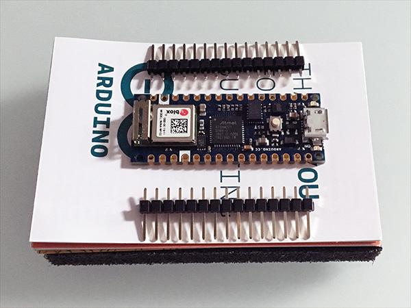 arduino-nano-unboxing-nano-33-IoT-front-top