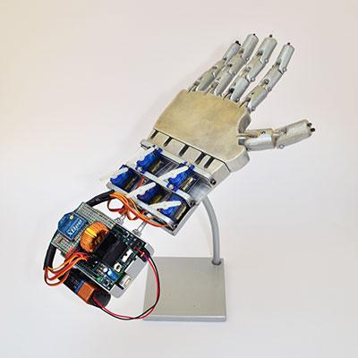 robot hand espositore dita dritte