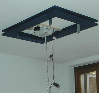 Montaggio a soffitto cornici