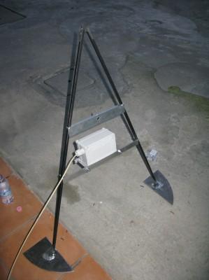 Montaggio del servo sulla base dell'inseguitore solare
