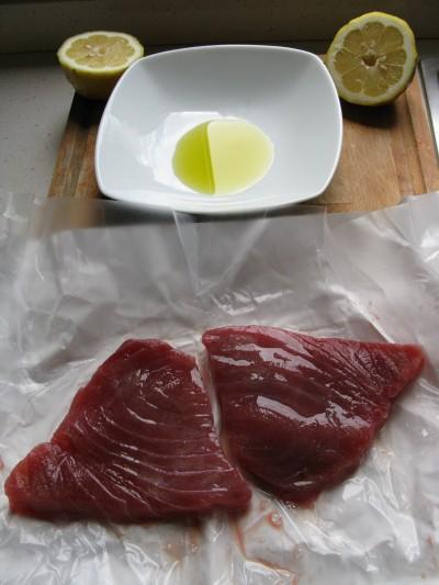 Tagliata di tonno al sesamo