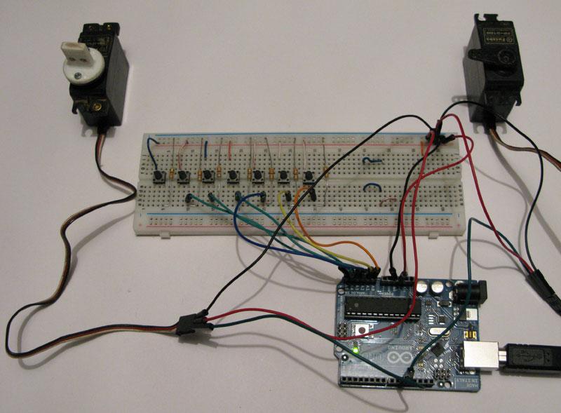 Arduino per comandare due servo con i pulsanti mauro alfieri