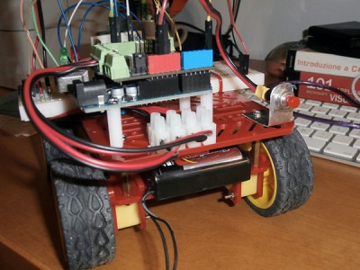 Robot 4WD retro