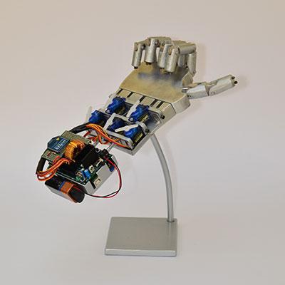 robot hand espositore iLike