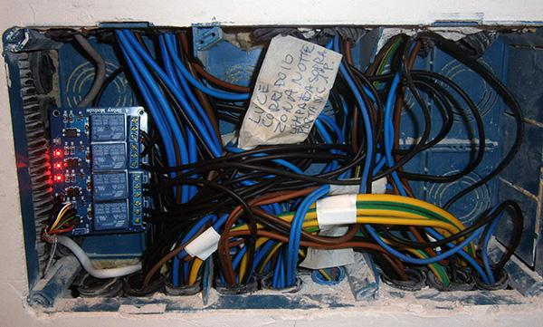 Impianto luce mega di pietro mauro alfieri domotica - Colori dei fili impianto elettrico casa ...