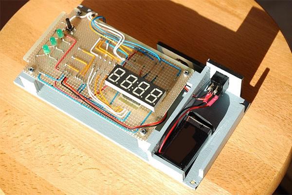 Anemometro a coppe portatile progetto montato 6