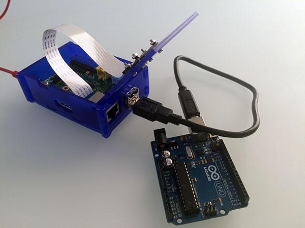 remote raspbian control arduino camera noir