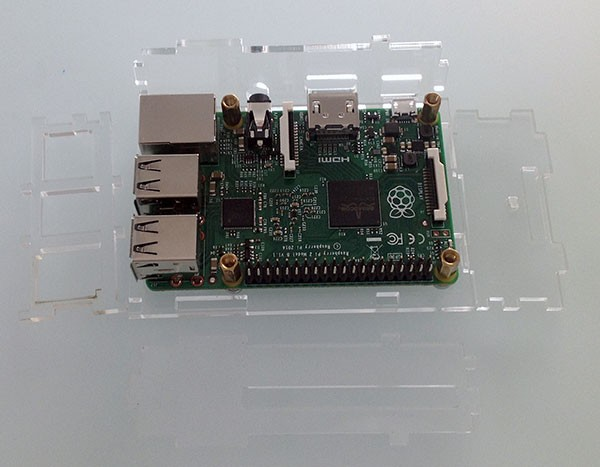 Box Rasperry Pi 2 fori