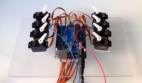 Micro Serial Servo Controller 8 servo