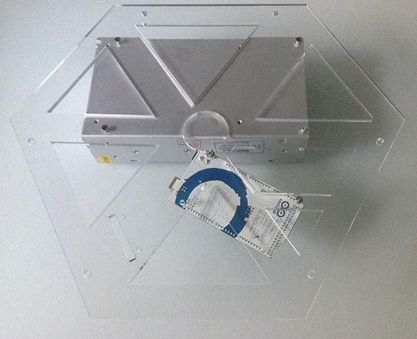 Frame plexy arduino alimentatore montati retro