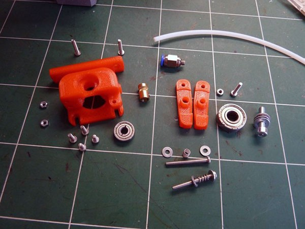 compact bowden extruder component