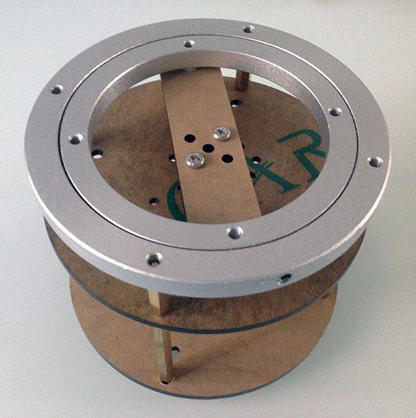montaggio base rotante assemblaggio