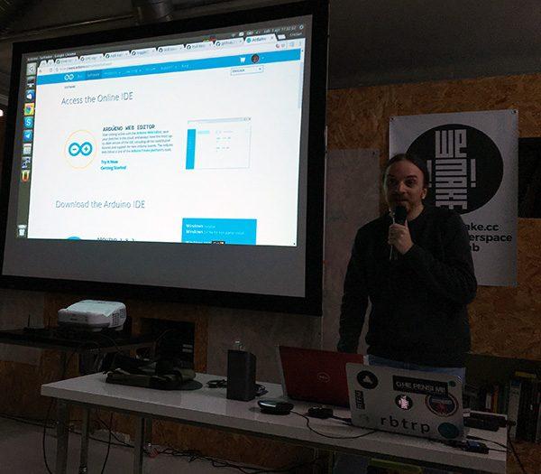 ArduinoD17 ide web online