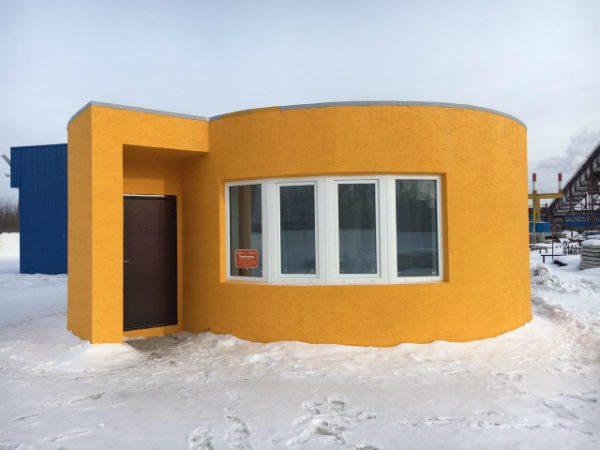 casa stampata 3d work in progress side view