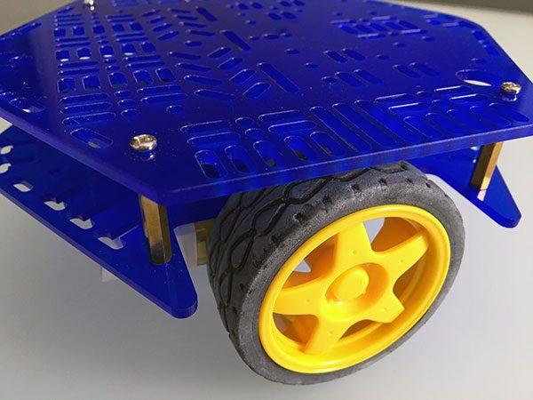 Assembla HBR robot lasercut mounted