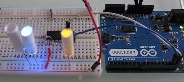 Attiny84 Arduino Led blue yellow