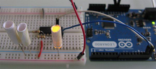 Attiny84 Arduino Led yellow