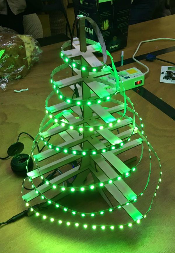 christmas tree neopixel dfplayer light on