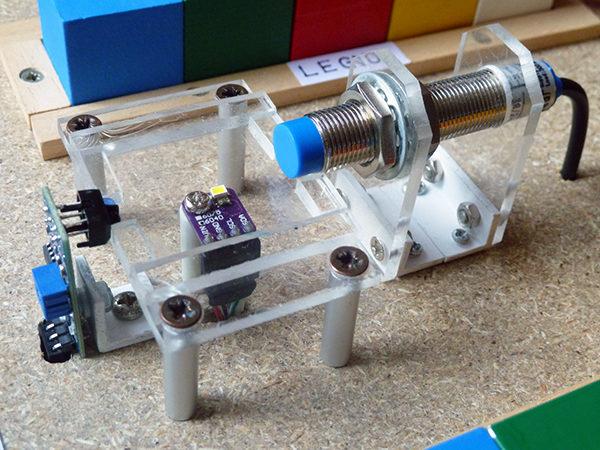 robot arm base sensori