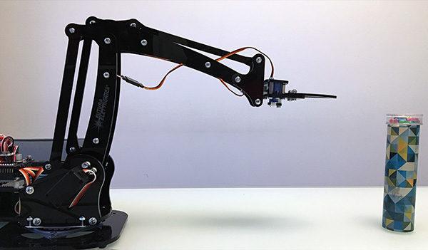 Robot Arm serial control protocol